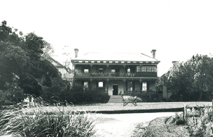 An early photo of Brush Farm House